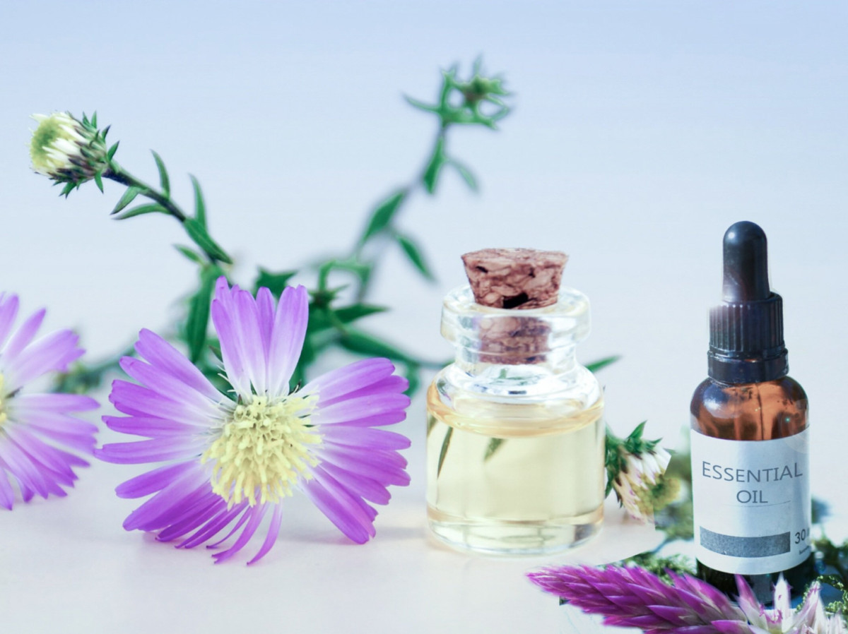 calm anxiety fast with essential oils