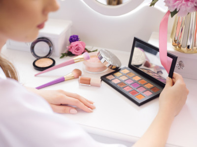 toxic chemicals in makeup