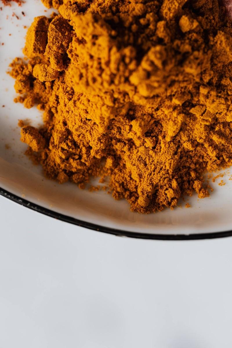 turmeric powder for ubtan facial treatment