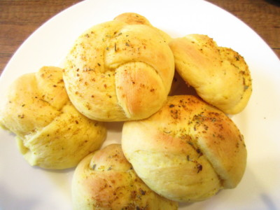 butternut squash knotted rolls
