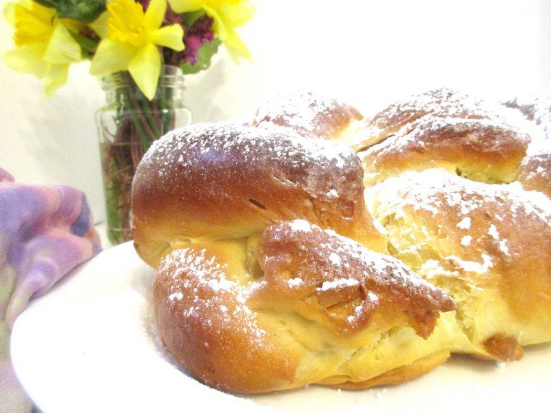 Georgian Kulich Easter Bread