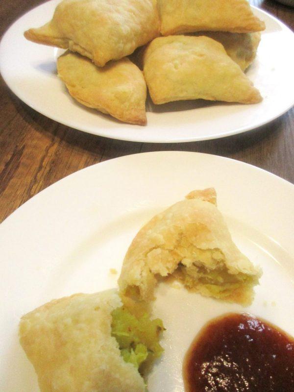 flaky baked samosas