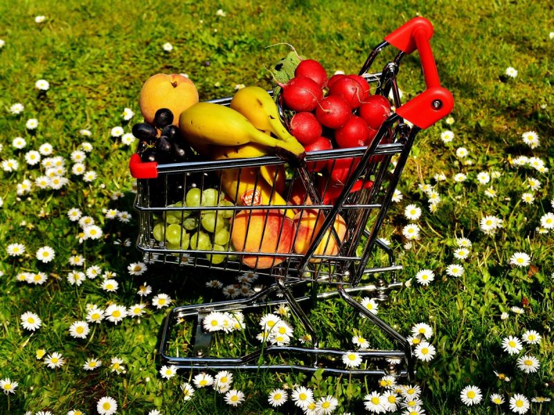 tips for buying organics on a budget