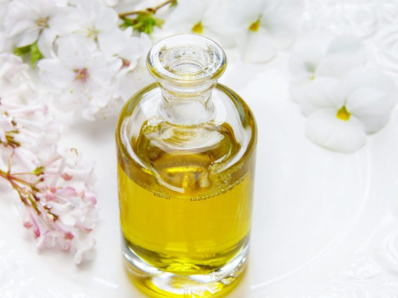 Anti-Aging Oils and Butters for Skin Care